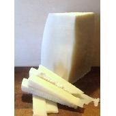 Sicilian PRIMO SALE from sheep's milk - Caseificio Poma