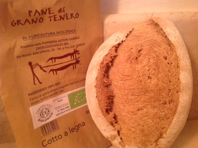 Stonebaked organic whole meal bread - Forno Astori